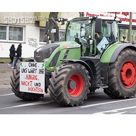 Tractor, Farmer, Protesters