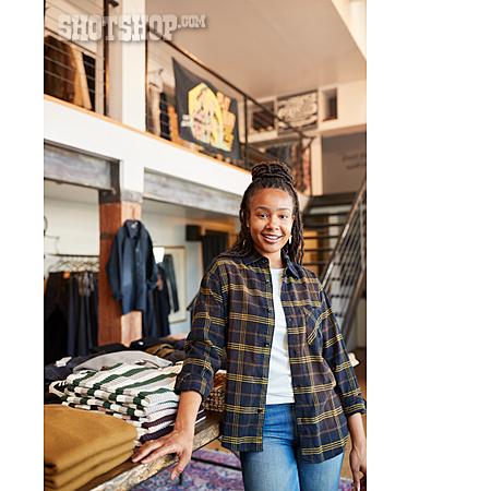 Fashion, Retail, Sales Executive
