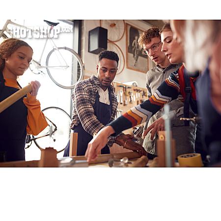 Team, Trainee, Bicycle Workshop