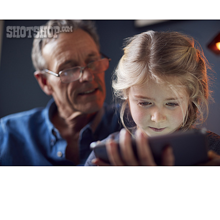 Grandfather, Online, Granddaughter